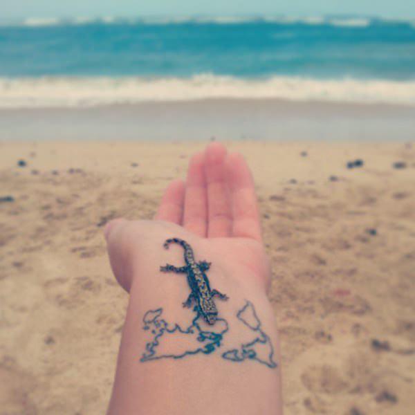 Innovative tattoos for girl 33