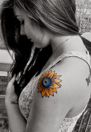 Lovely Flower Tattoo Ideas 106