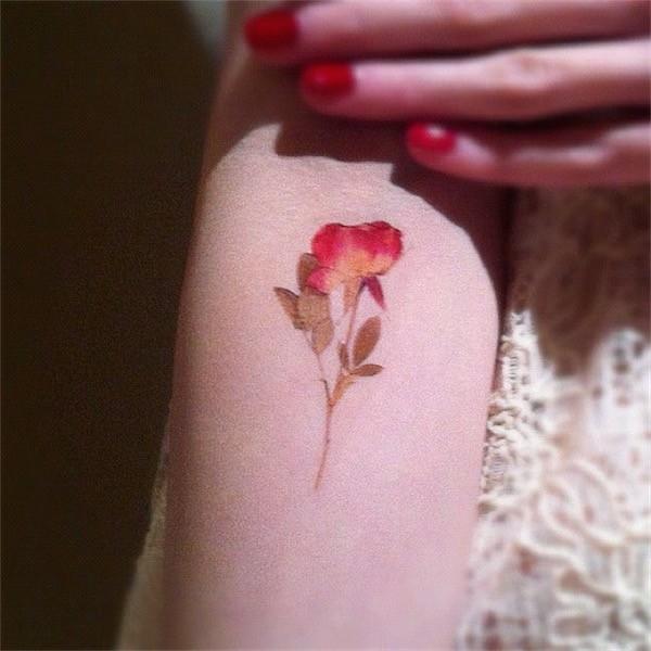Lovely Flower Tattoo Ideas 11