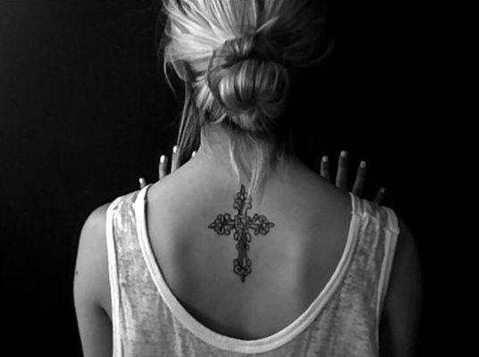 Upper Back Tattoos for Women 19