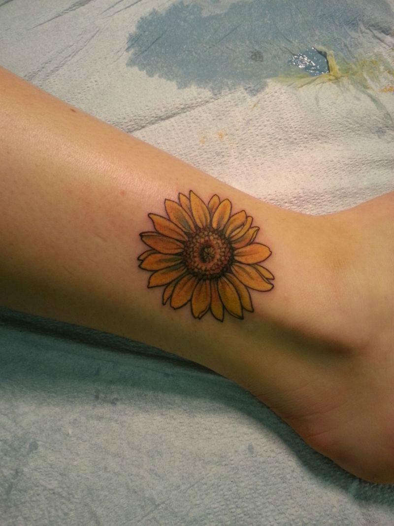 Warm Sunflower Tattoo Designs 5