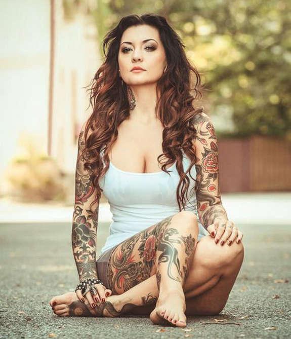 Appealing Tattoos for Women 11