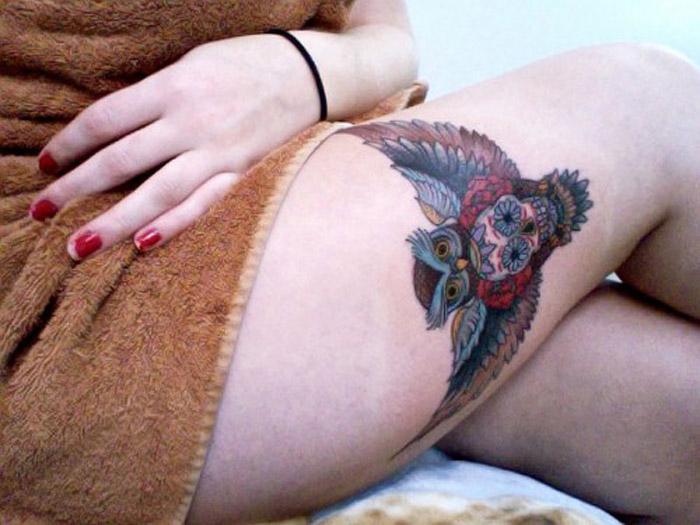 Stimulating Thigh Tattoos 47