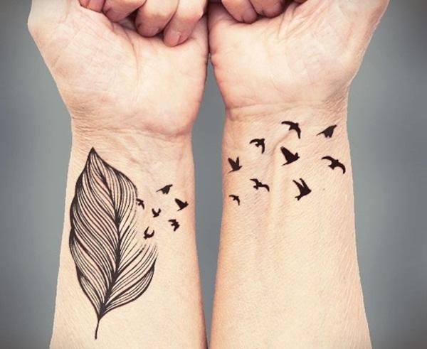 Leaf Tattoo Design Ideas 11