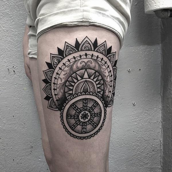Stunning Black And Grey Tattoos 8