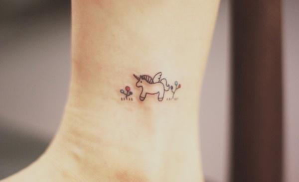 Unique Minimal Tattoo Designs 44