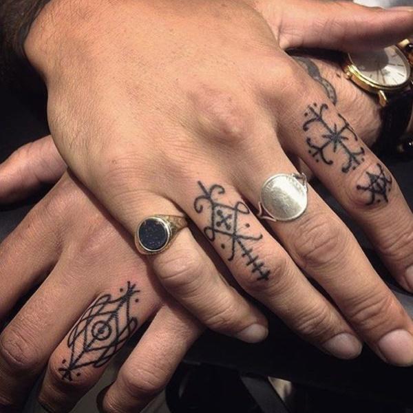 Unique Minimal Tattoo Designs 58
