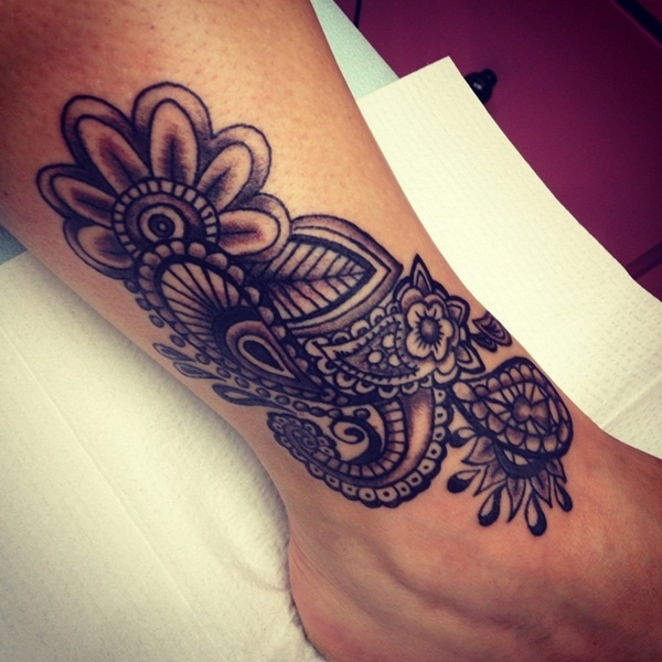 Henna-inspired and permanent