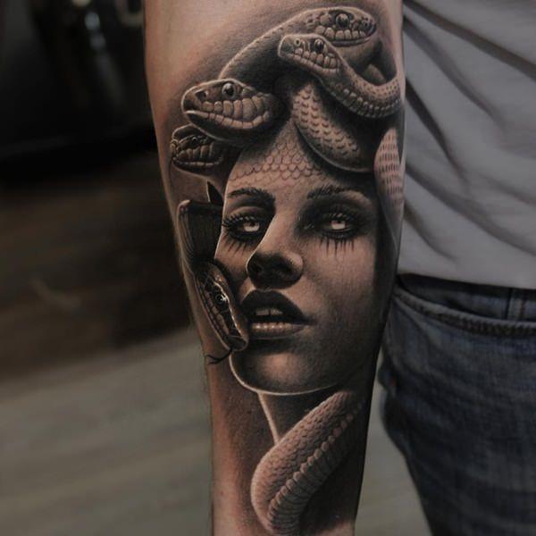 Extraordinary Medusa Tattoo Designs 18
