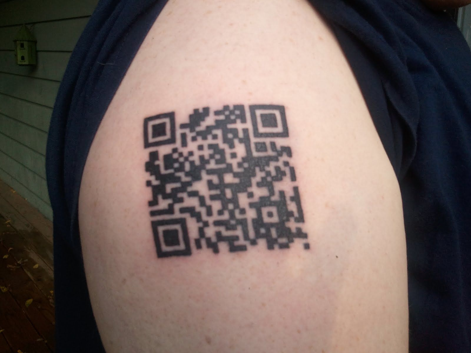 QR code on hand